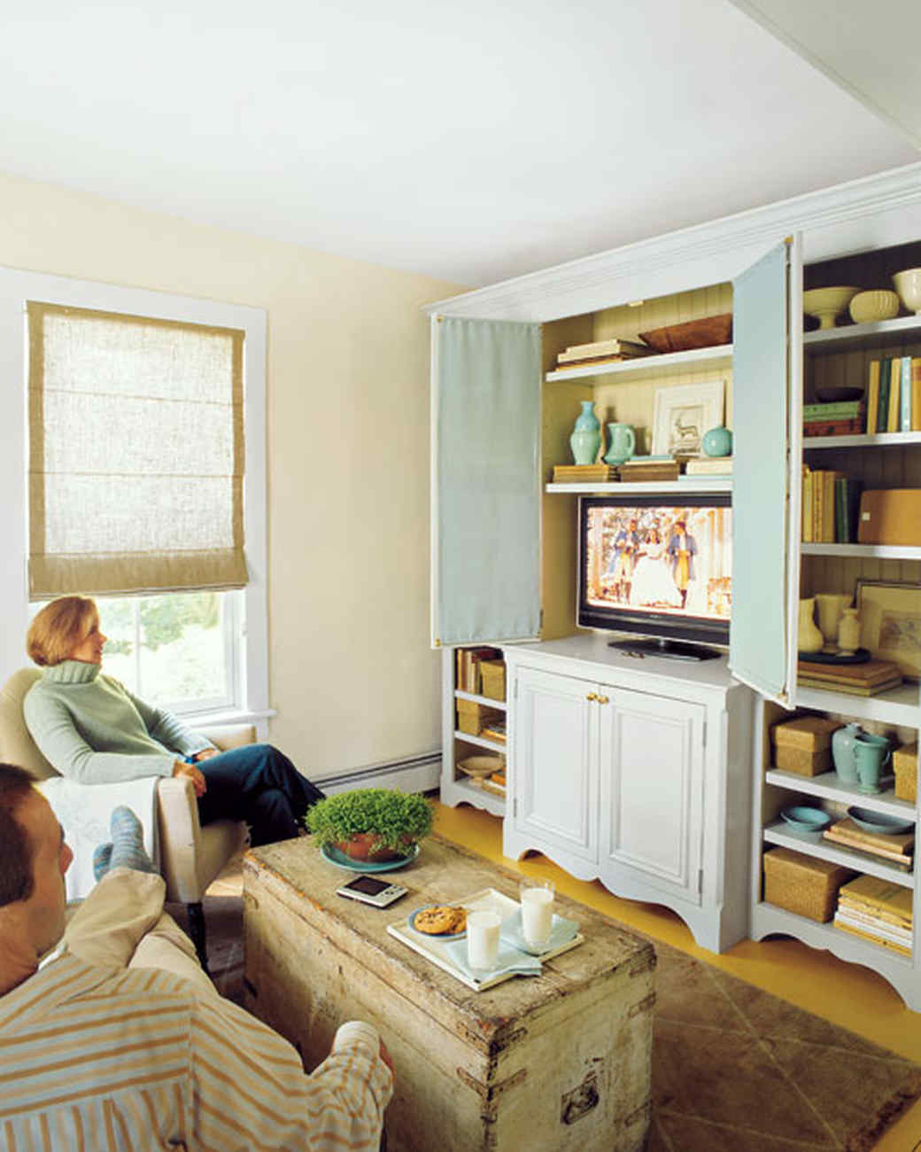 Small Space Organization Small Living Room Try These 15 Space Saving Decorating Ideas