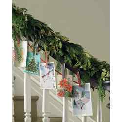 Small Crop Of Christmas Garland Ideas