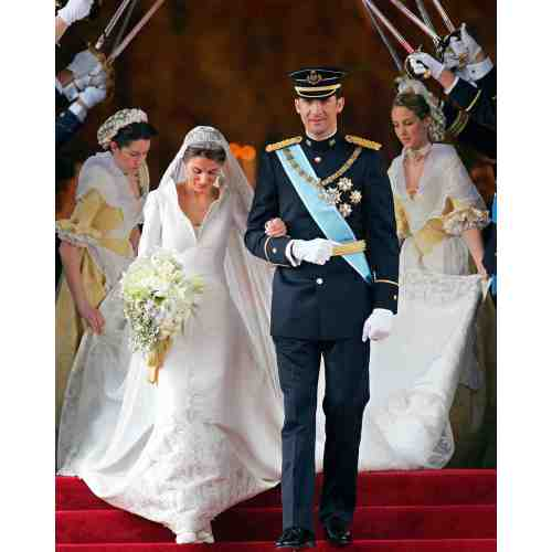 Medium Crop Of Royal Wedding Dress