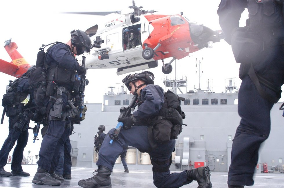5 differences between the Navy and Coast Guard - We Are The Mighty