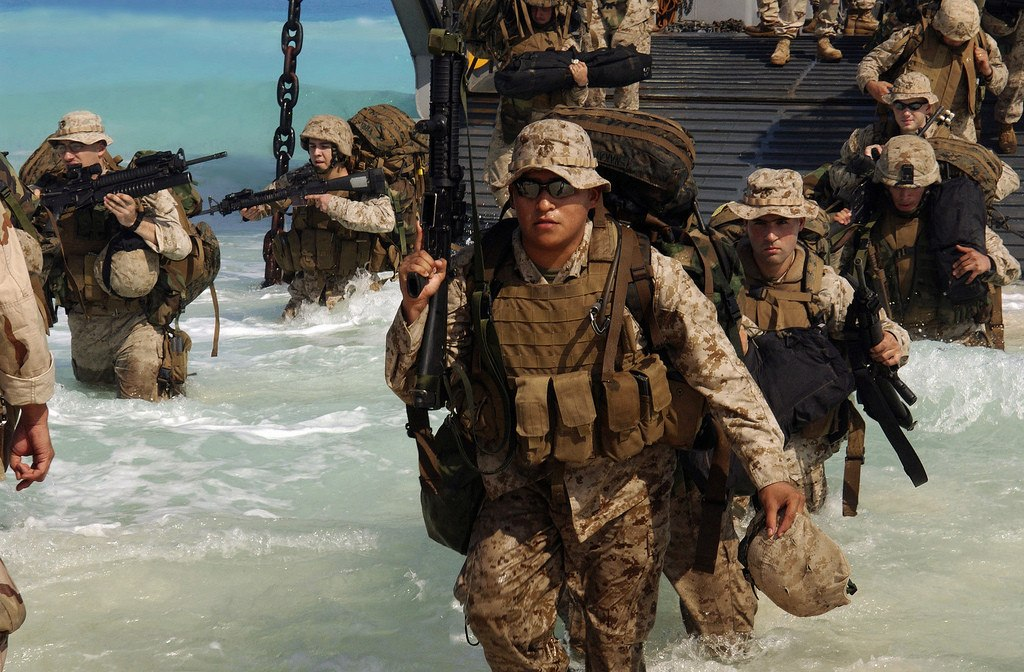 5 differences between Army and Marine Corps infantry - We Are The Mighty - marines infantry assaultman
