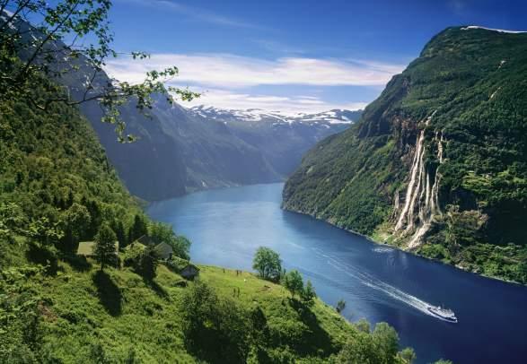 Fjord Norway UNESCO fjords, mountains, waterfalls, Bergen - fjord