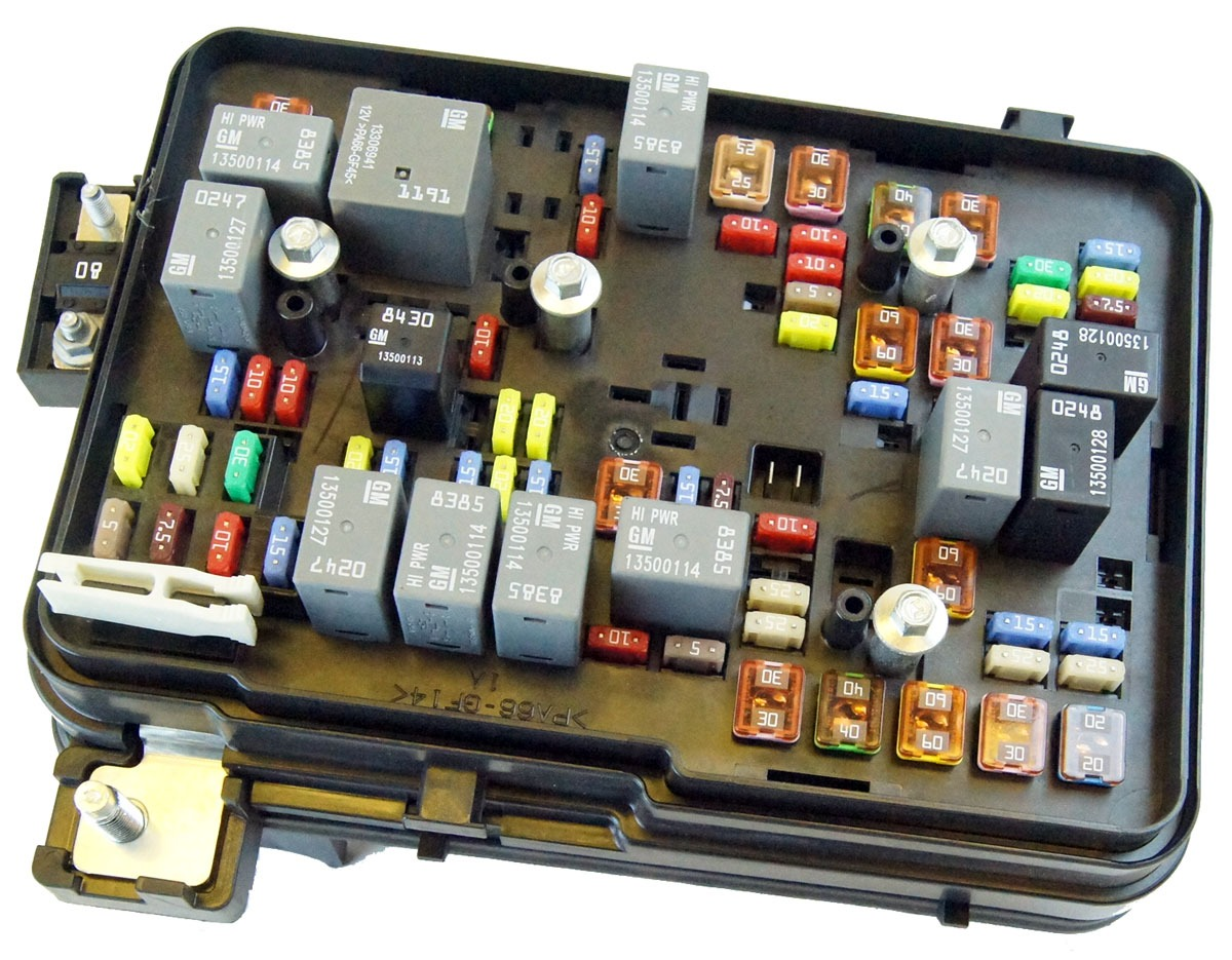 Snap Jumpstart A Cadillac Cts Postive Cable 2008 Gmc Acadia Fuse Box 2011 Auto Wiring