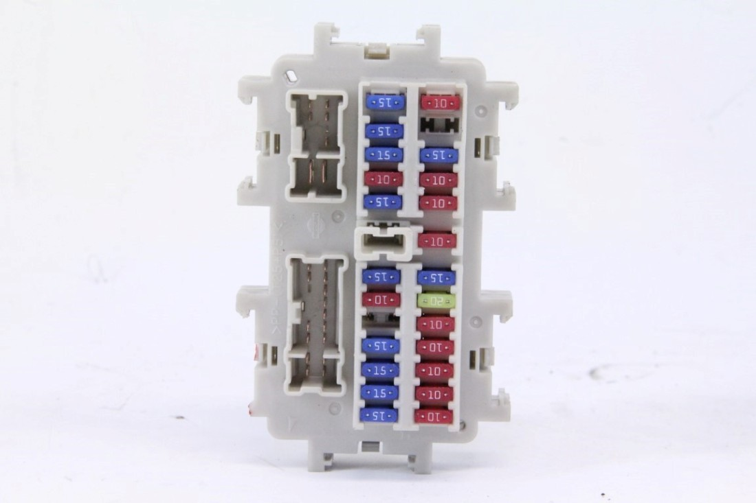 03 infiniti fx35 fuse box