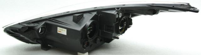 Oem Hyundai Veloster Right Halogen Headlamp 92102 2v000