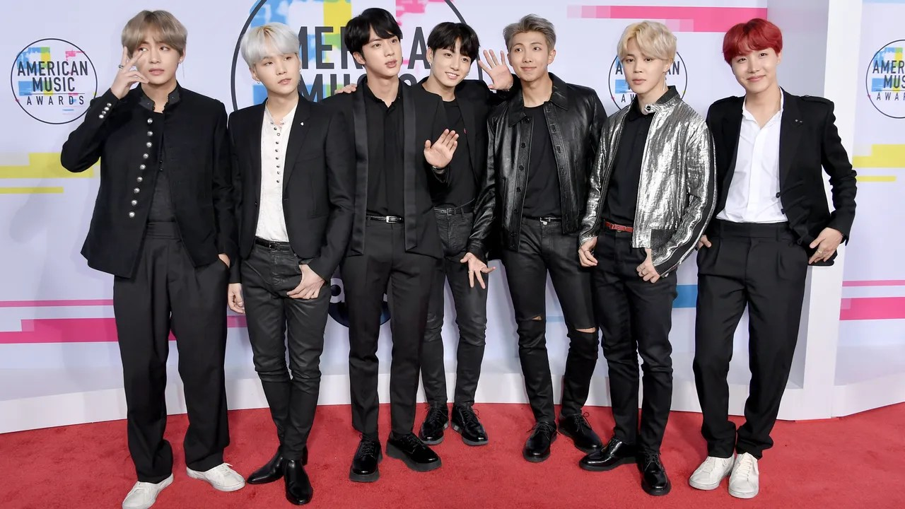 Outfits 2017 Amas 2017 Bts Wears Matching Black Outfits Teen Vogue