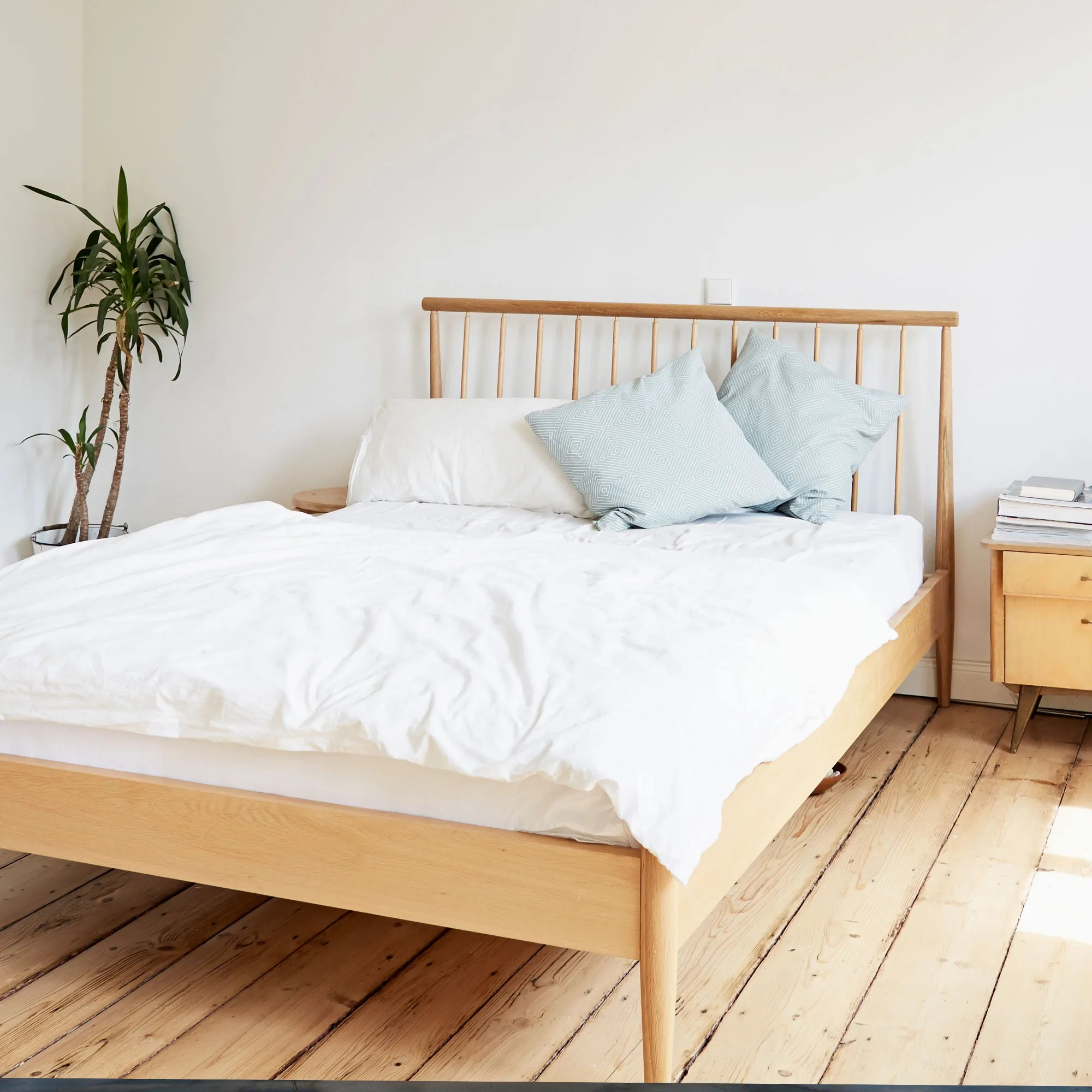 Best Traditional Mattress The 8 Best Mattresses To Buy For Your First Apartment Teen Vogue