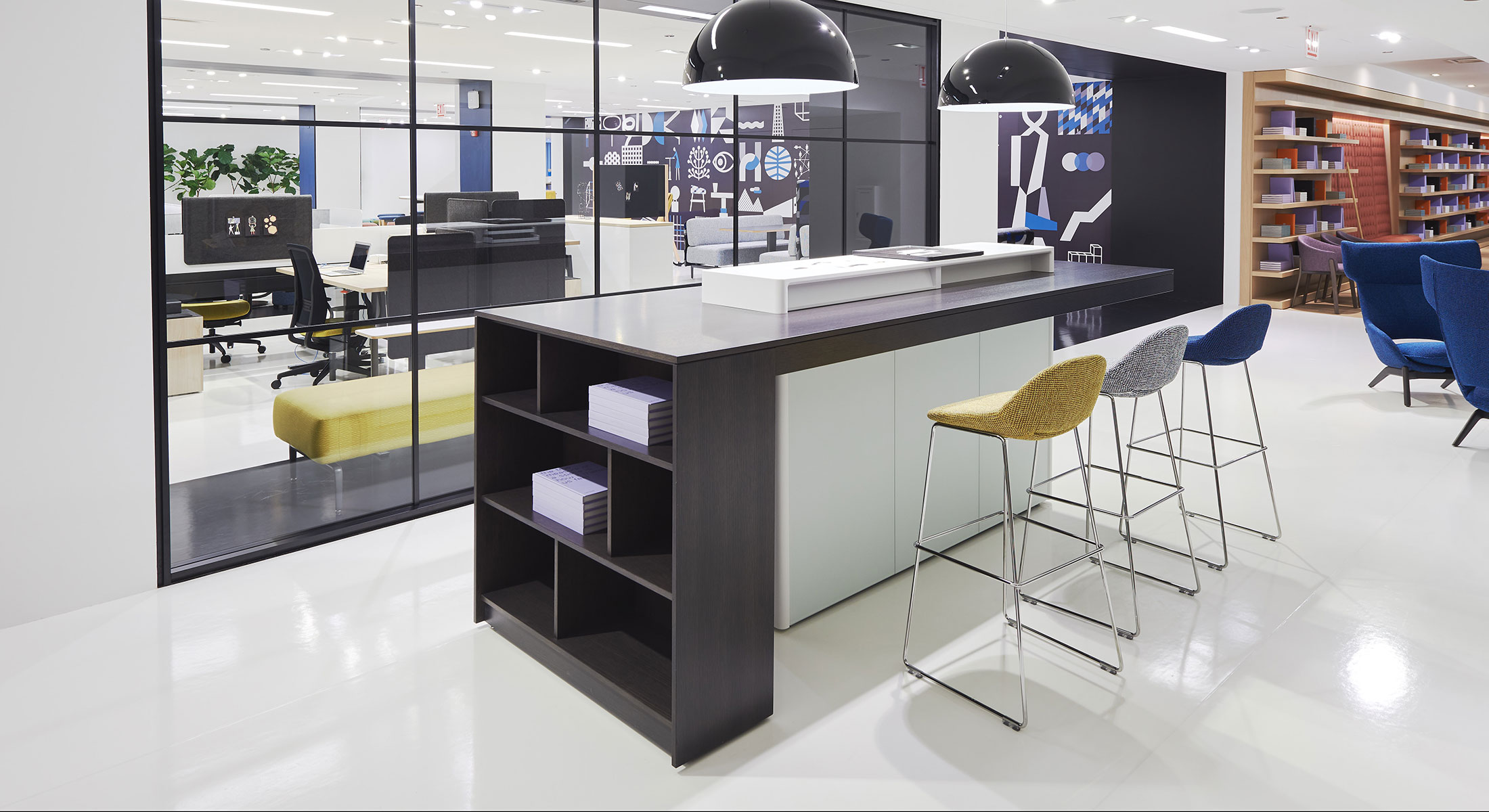 As The Function Of Reception Desks And The Act Of Receiving Guests Evolves So Do Reception Needs Of Different Businesses Teknion Reception Takes An Innovative Design Approach From Classic To Communal