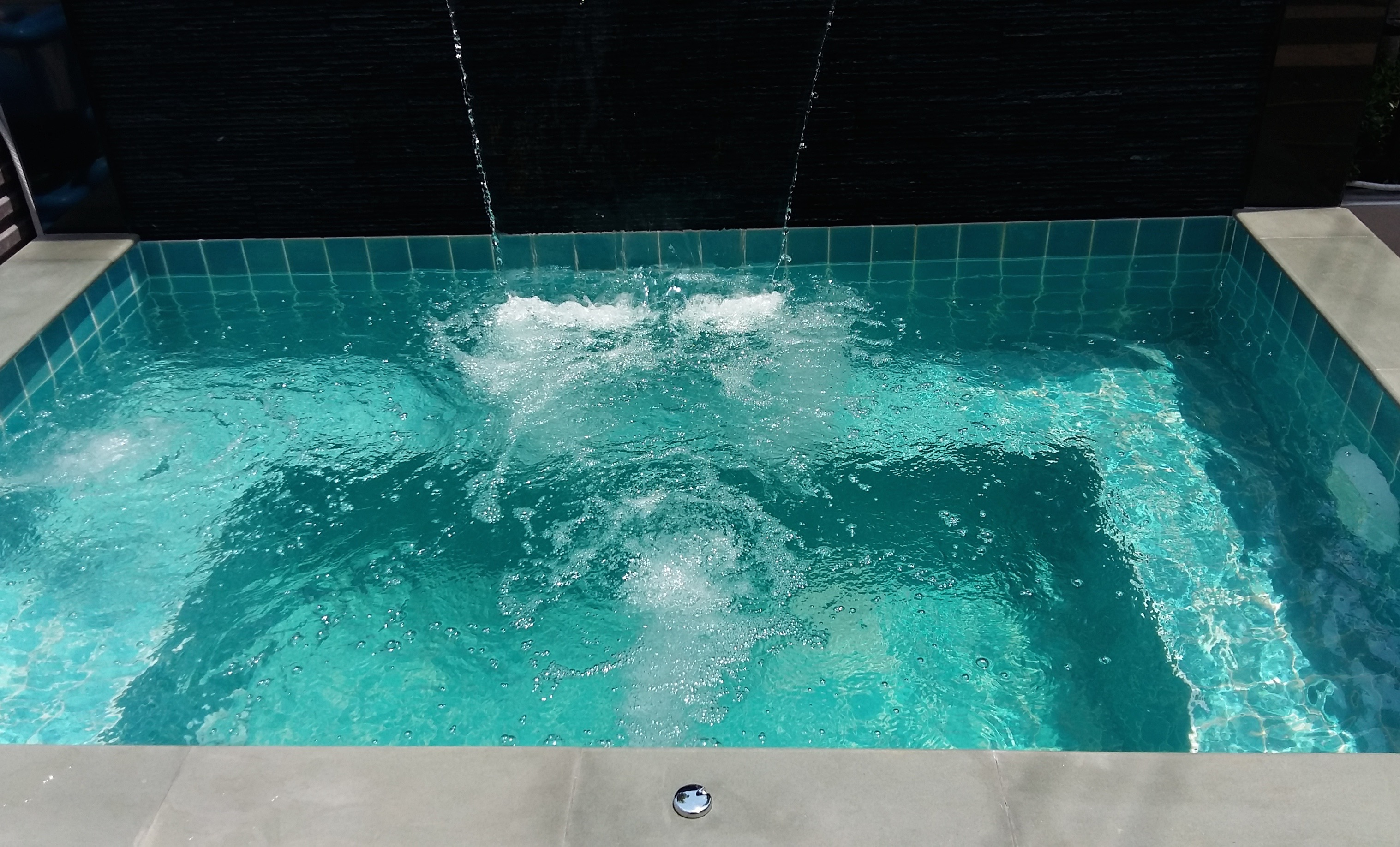Jacuzzi Pool Main Drain Pool Leaking 12 Cm Per Day Page 2 Swimming Pool Forum