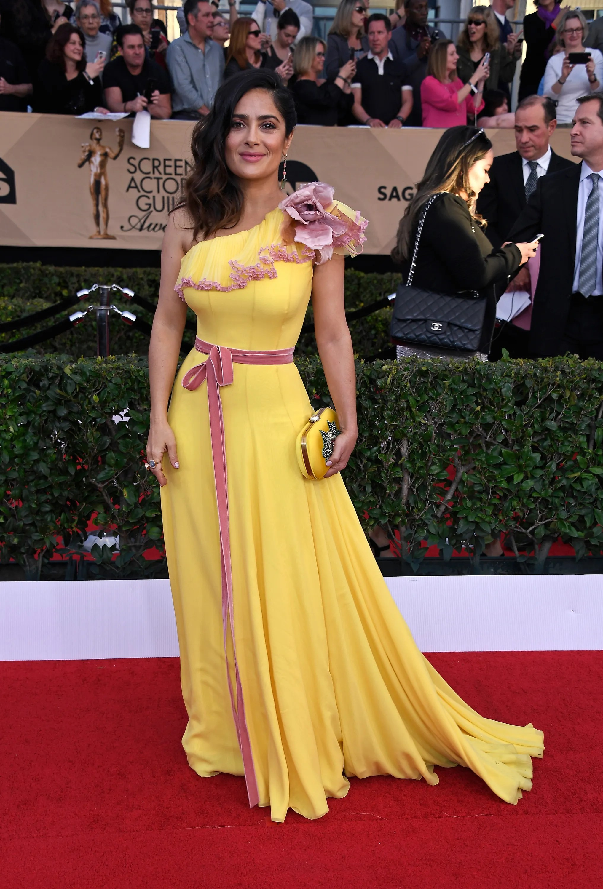 Roter Teppich Los Angeles Sag Awards 2017 All The Celebrity Fashion From The Red Carpet Vogue