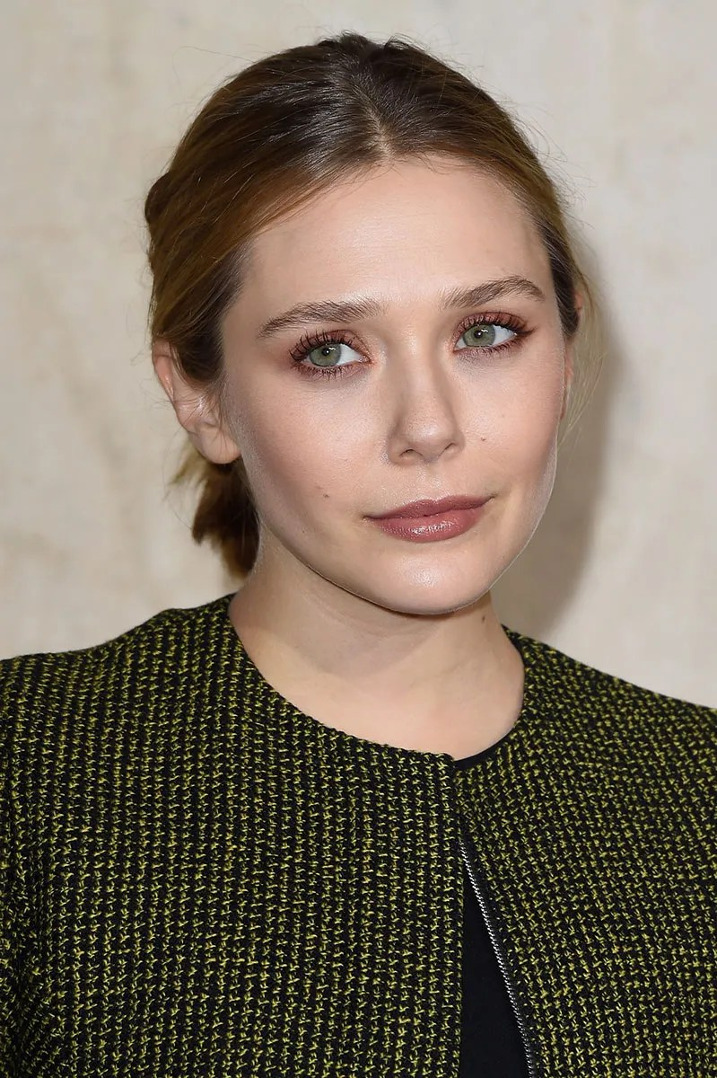 Nude Look The Stealth Impact Of Rosy Nude Makeup: Elizabeth Olsen's Front Row Look At Dior Haute Couture | Vogue