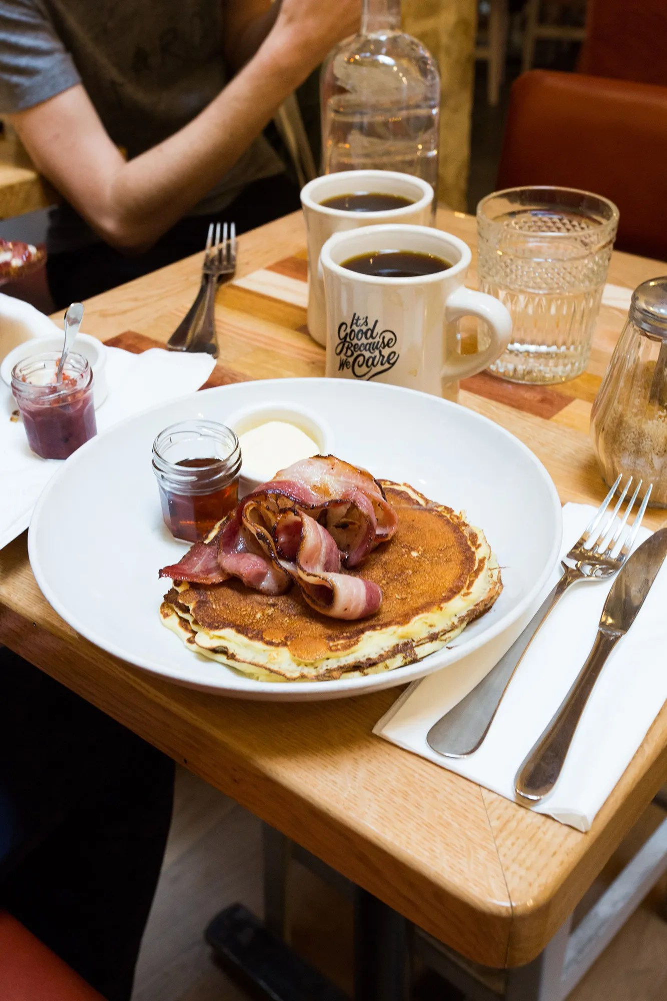places to eat in paris for breakfast ltt