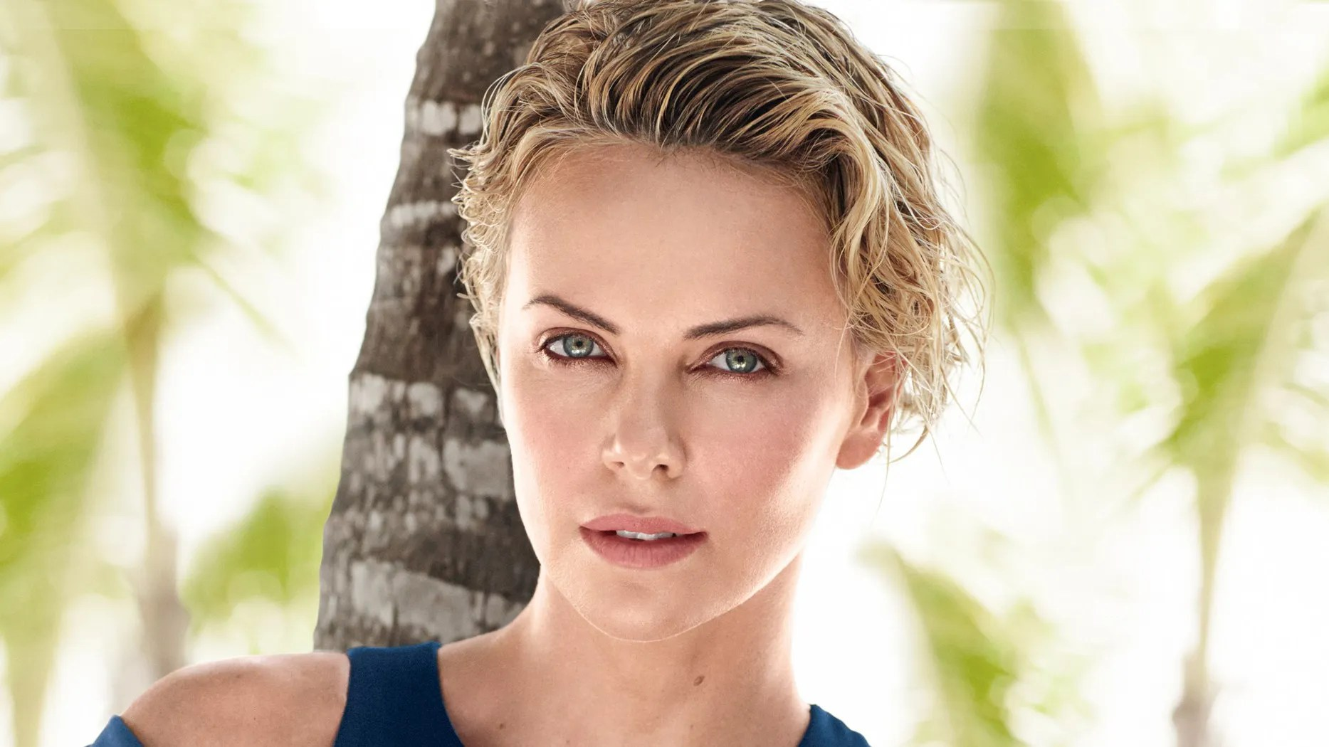 Never Fall In Love Wallpaper Charlize Theron S 7 Best Quotes About Beauty Vogue