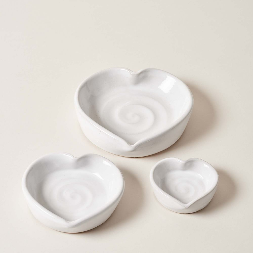 Farmhouse Pottery Heart Dish
