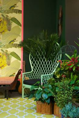 Gumtree Garden Pop-Up Bar, Designed by Yellowtrace | Palm Springs Set