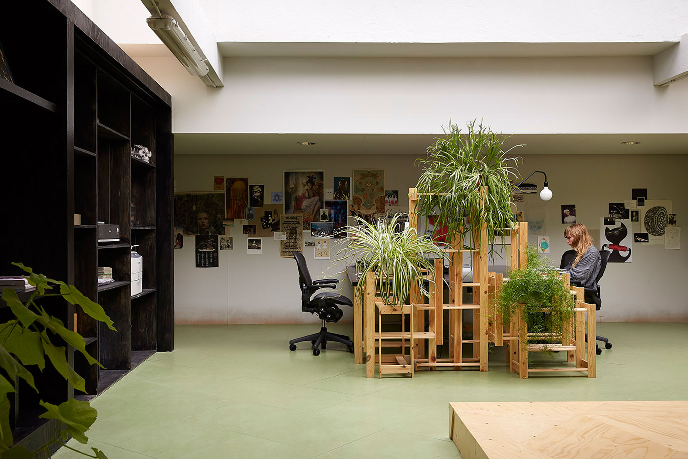 Office Zen Garden Random Studio Amsterdam Office Designed By X 43l Yellowtrace