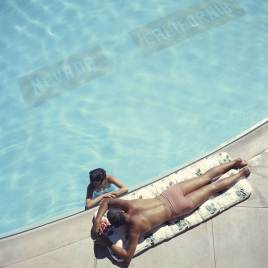 Photo by Slim Aarons | Yellowtrace