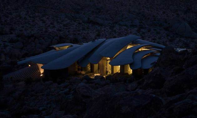 Joshua Tree House by Kendrick Bangs Kellogg | Yellowtrace