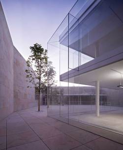Zamora Offices by Alberto Campo Baeza | Yellowtrace