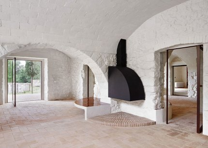 House Renovation in Girona, Spain by Arquitectura-G | Yellowtrace