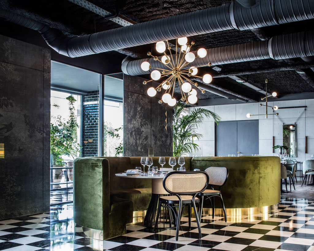 Restaurant Deco La Foret Noire Restaurant In Chaponost France By Claude