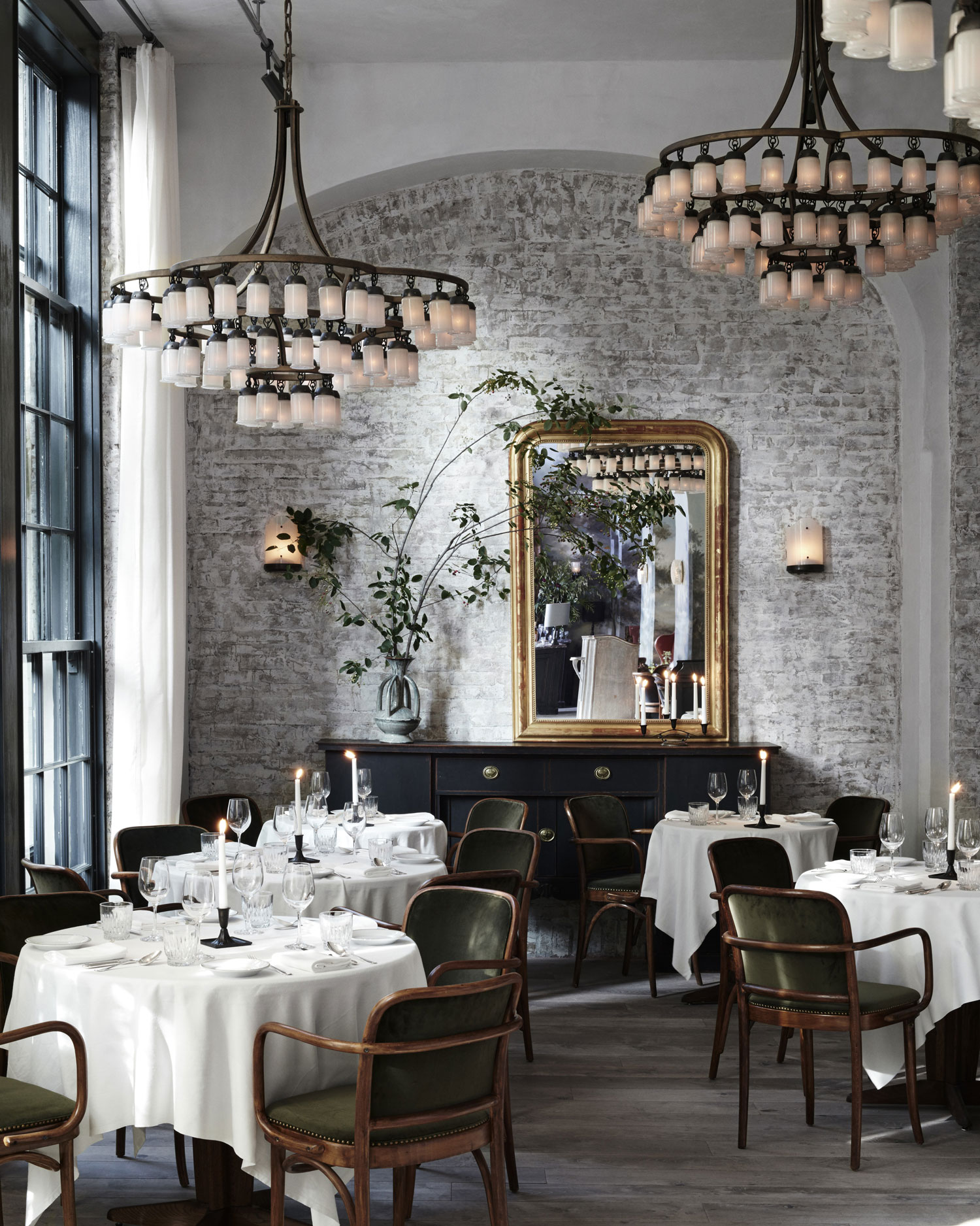 Restaurant A New York Le Coucou Restaurant In New York By Roman And Williams