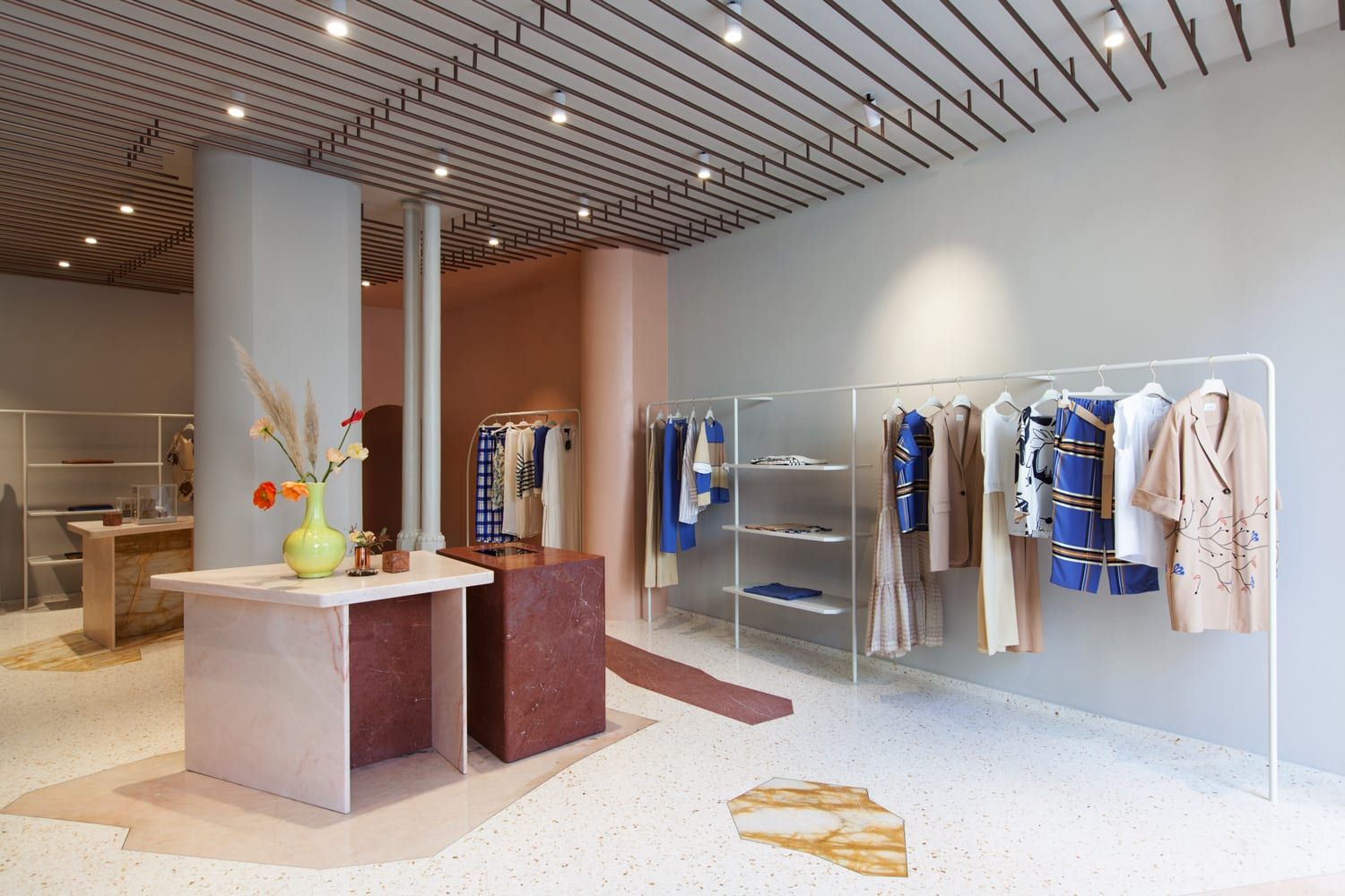 Ceiling Design Retail Alysi Fashion Store In Milan By Studiopepe Yellowtrace