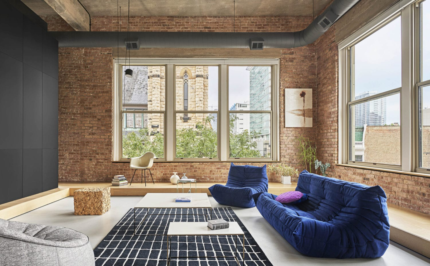 Michigan Loft In Chicago By Vladimir Radutny Architects Yellowtrace