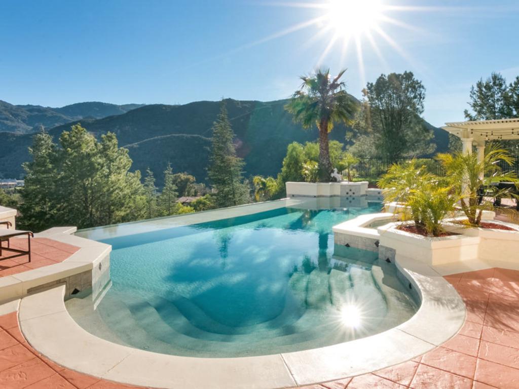 Fullsize Of Amazing Backyards Without Pools
