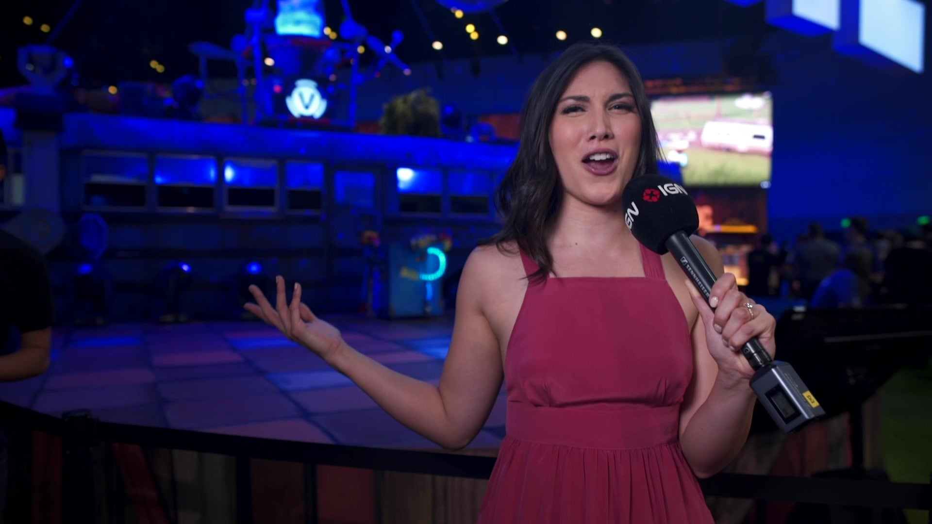 Fortnite's E3 2018 Booth is Epic! - IGN Access - IGN.com