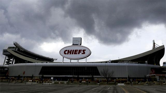 Red 1 Parking Arrowhead Police Identify Man Killed Following Chiefs Game
