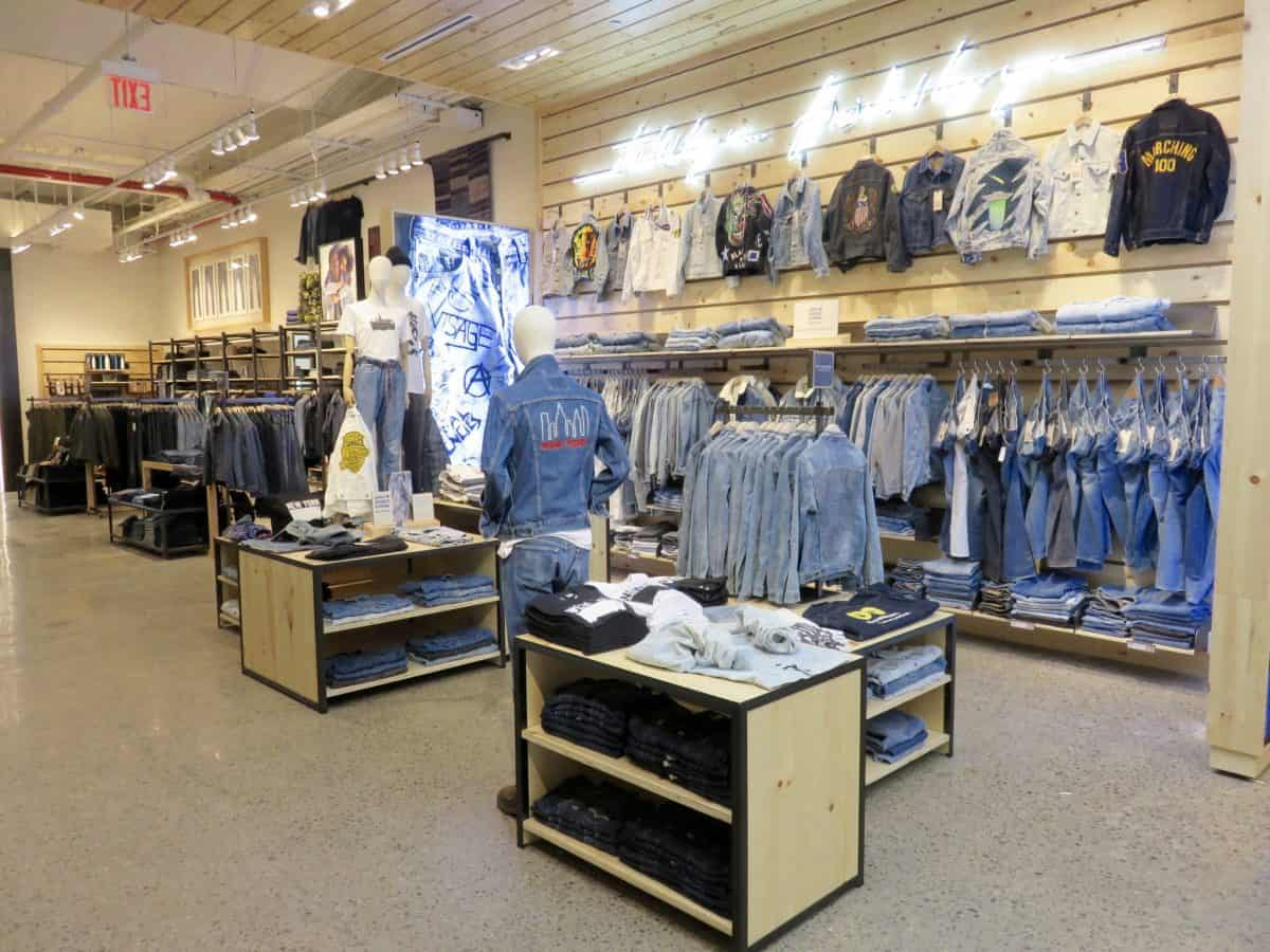 Levis Shop Levi's Revamps Soho Flagship With New Tailor Shop