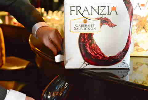 The 7 Best Franzia Boxed Wines Ranked By Sommeliers