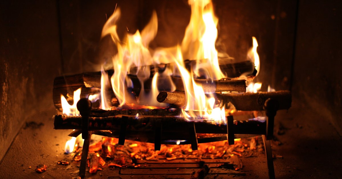 3d Moving Fireplace Wallpaper Best Places To Drink By A Fireplace In London Best