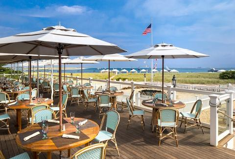 The 15 Best Waterfront Restaurants on Cape Cod Provincetown