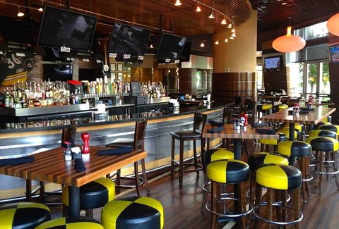 Jerome Bettis39 Grille 36 Bar