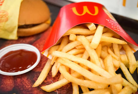 French Fall Wallpaper Mcdonald S Has Free French Fries Every Friday Of 2018 How