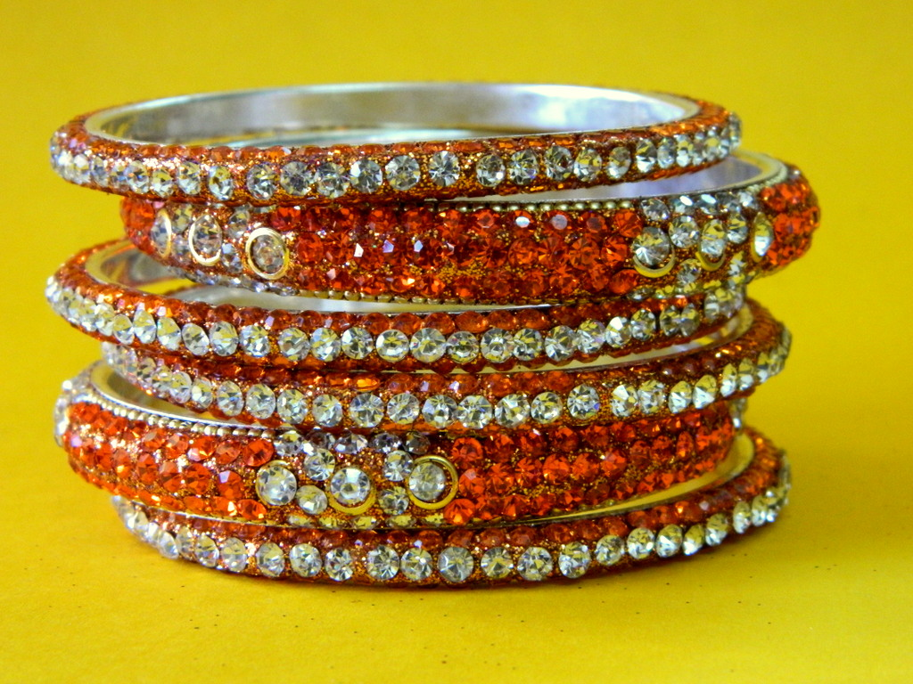 Rajasthani Lac Jewellery Buy Orange Silver Stylish Bridal Bangles For Party Online