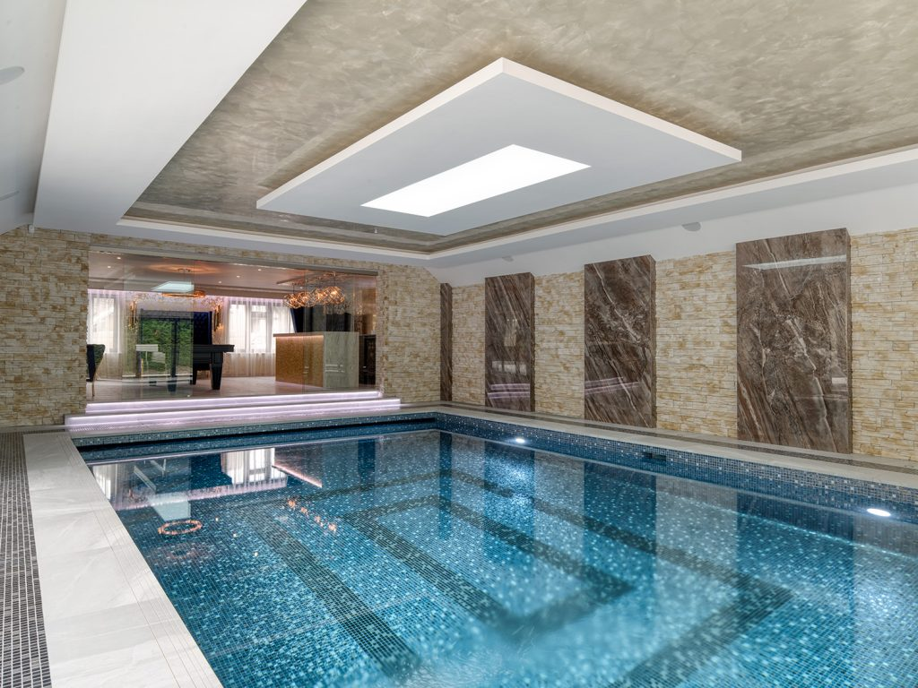 Luxury Home Swimming Pool