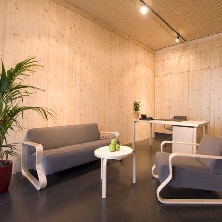 Alvar Aalto sofa and chair