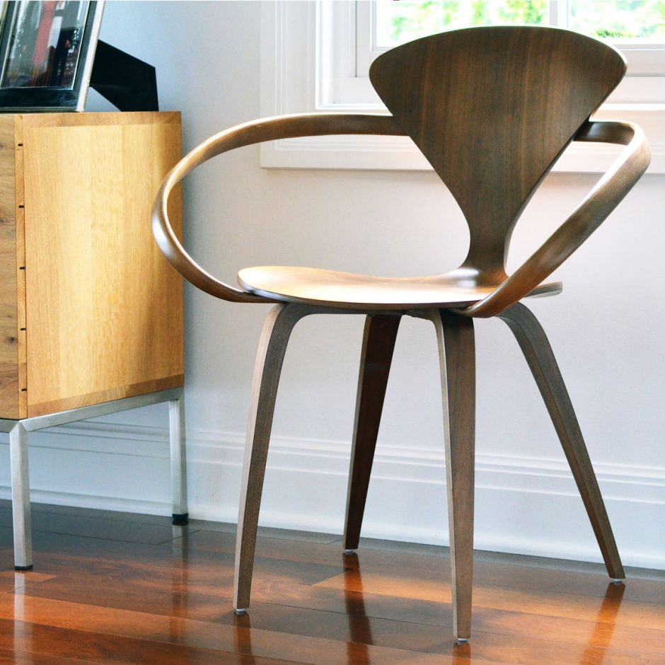 cherner-chair-moulded-plywood-armchair-003