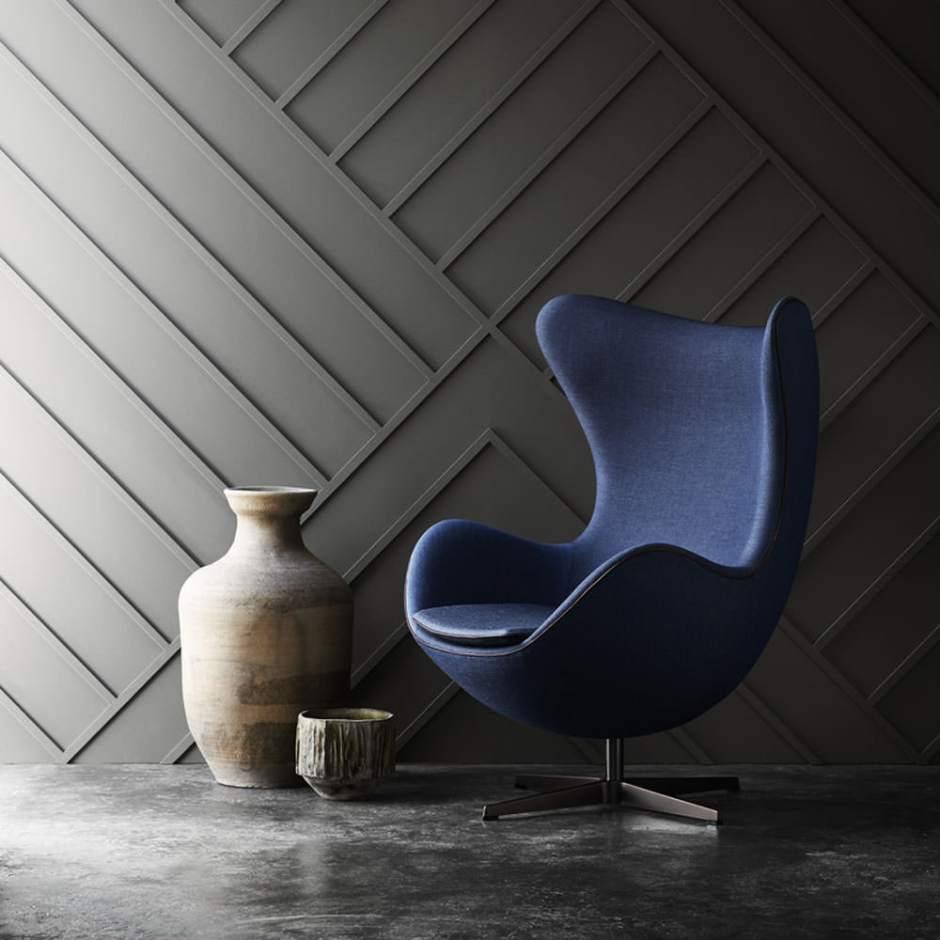 replica-furniture-outlawed-uk-egg-chair-arne-jacobsen-copyright-fritz-hansen