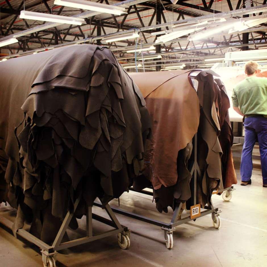 indera-factory-tour-leather-002