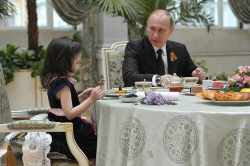 Putin με παιδί: Δεν θα σε φάω αν έχει κι άλλα σαν κι εσένα στο σπίτι