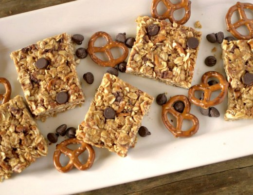 No-Bake Healthy Chocolate Peanut Butter Pretzel Granola Bars made with only 5 ingredients! Vegan-friendly & GF!