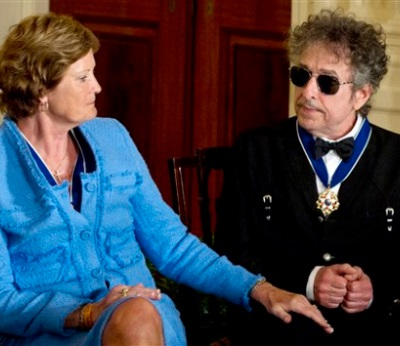 Bob Dylan's awkward situation