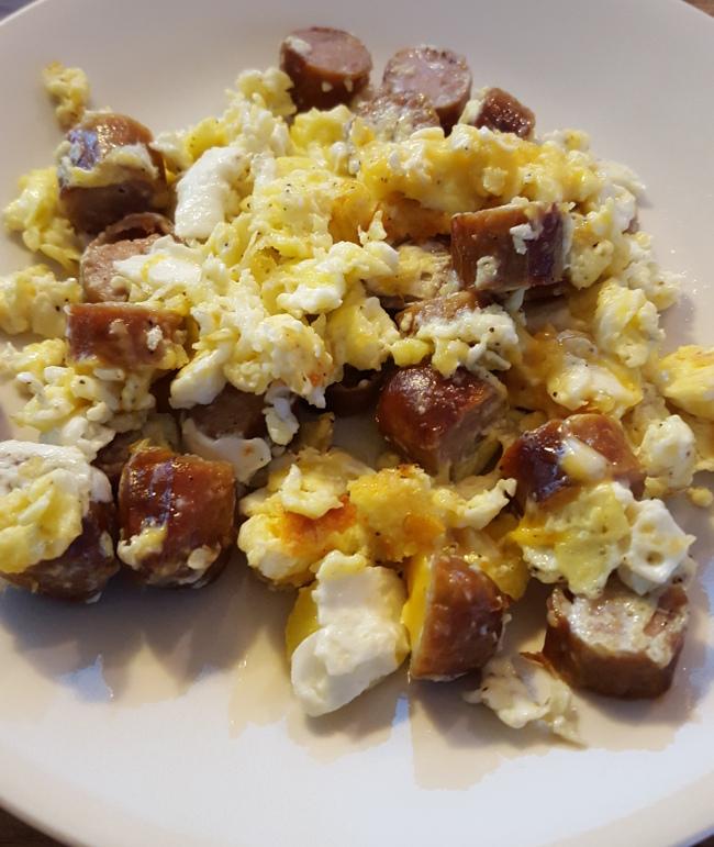 cheesy-eggs-sausage