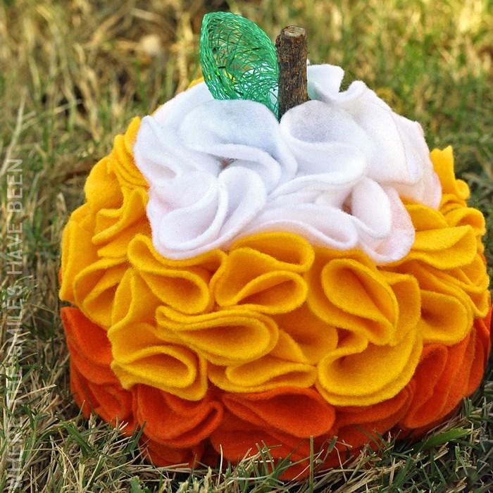 candy-corn-felt-pumpkin-square2