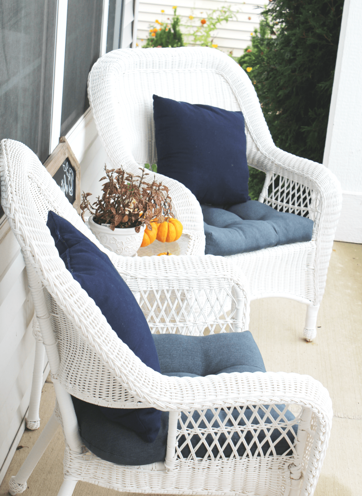 fall-porch-chair