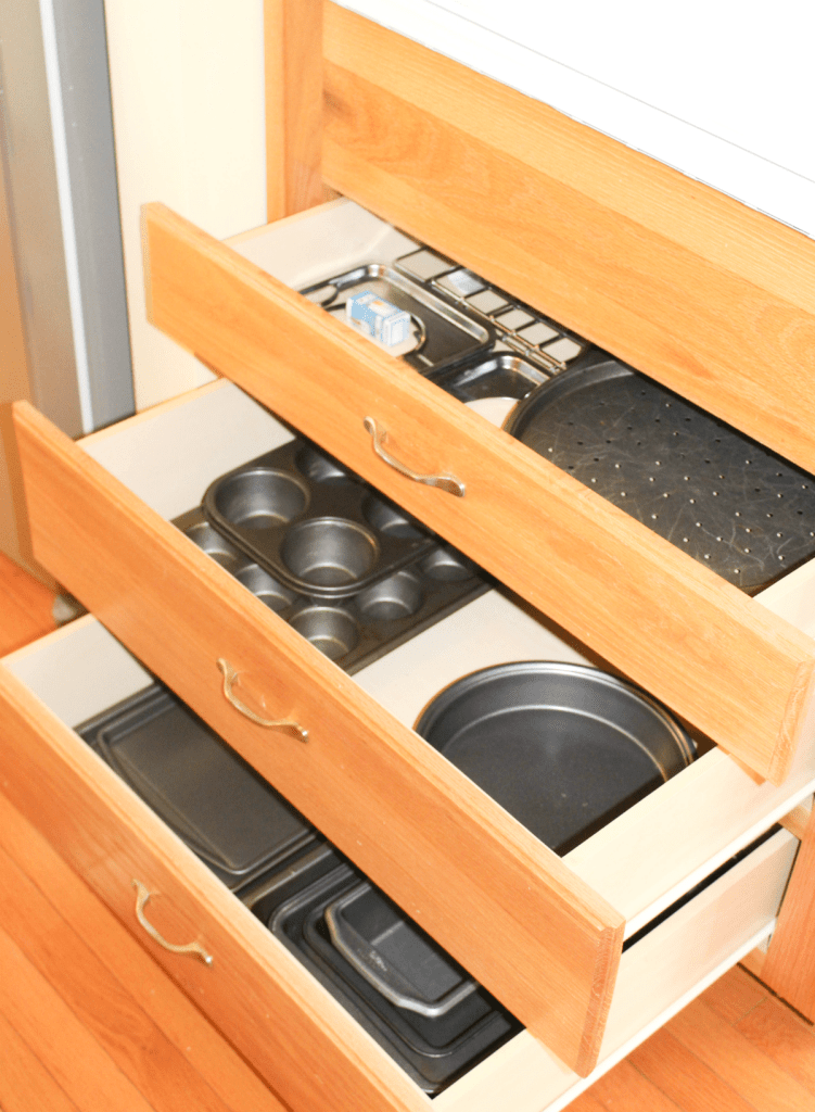 kitchen drawer organization - baking pans
